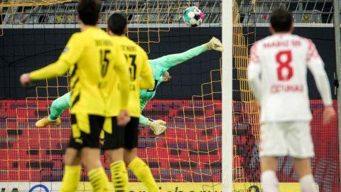 Dortmund y Leipzig, dejan ir puntos