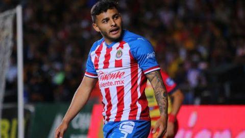 En Chivas, Alexis Vega pide calma