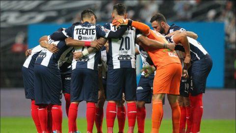 El contagio masivo de Rayados, un nuevo problema para la Liga MX