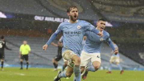 El City persevera para domar a Aston Villa