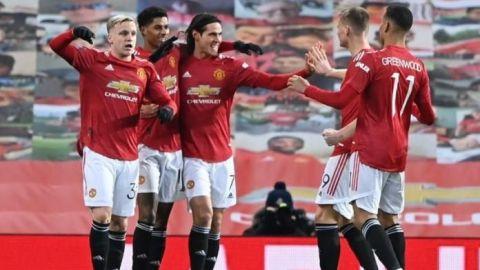 El Manchester United somete al Liverpool y avanza