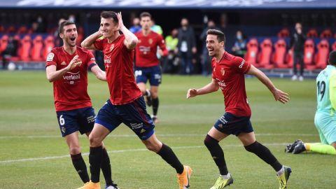 Luis Suárez marca pero Osasuna gana 3 meses después y sale del descenso