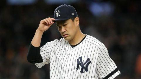 Tanaka regresa a Japón después de 7 temporadas con los Yankees de Nueva York