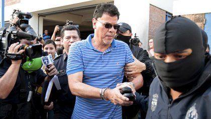 El Salvador extradita a EEUU a expresidente de federación de futbol