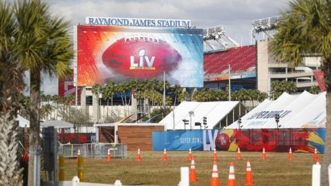 Tampa vive de fiesta, a la espera del Super Bowl