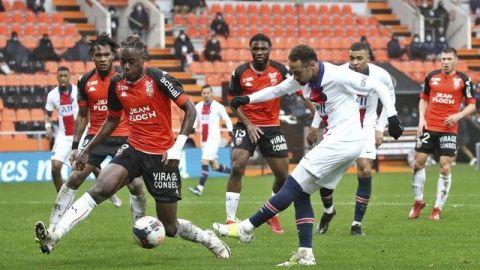 Pese a goles de Neymar, PSG naufraga en Lorient