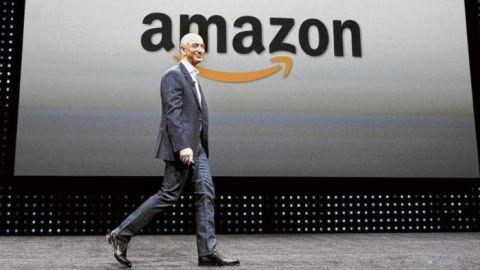 Jeff Bezos deja puesto de CEO en Amazon