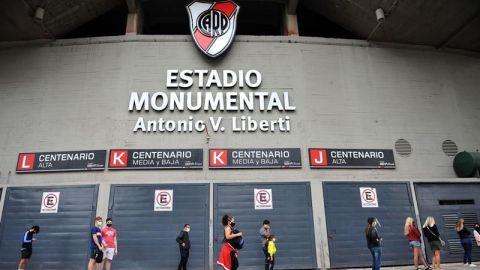 River Plate, primer club argentino que vacuna a profesionales de la salud