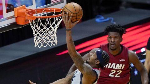 Beal consigue 32 puntos; Wizards remontan ante Heat
