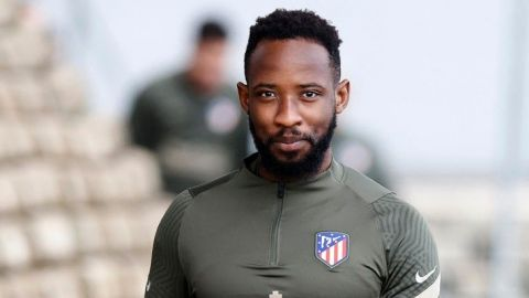 El delantero del Atlético Dembélé da positivo por COVID-19