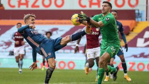 El Aston Villa prolonga el bache del Arsenal