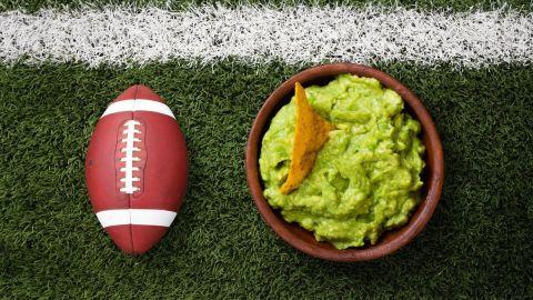 El Super Bowl se disfruta con aguacate mexicano; crecen exportaciones