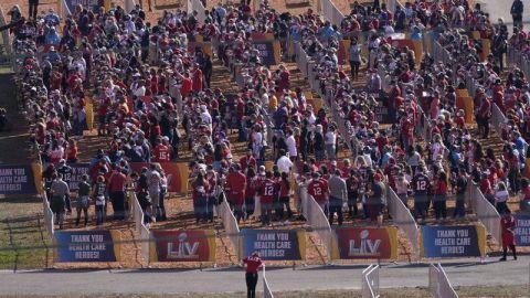 Locura para entrar al estadio antes del Super Bowl