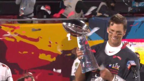 VIDEO: ¡Tom Brady es el MVP! Consigue su quinto reconocimiento en un Super Bowl