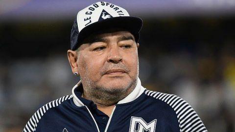 Fiscales amplían lista de sospechosos en la muerte de Maradona
