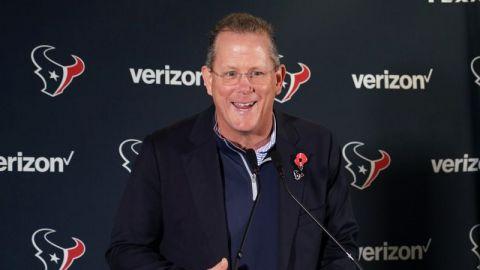 Jamey Rootes renuncia como presidente de Texans