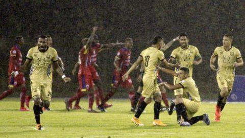 Futbolista colombiano Iván Rivas denuncia insulto racista