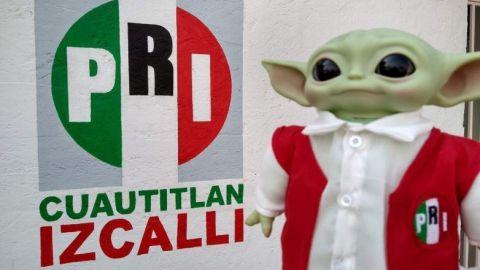Presume Alejandro Moreno a ''Baby Yoda''  vestido de priísta