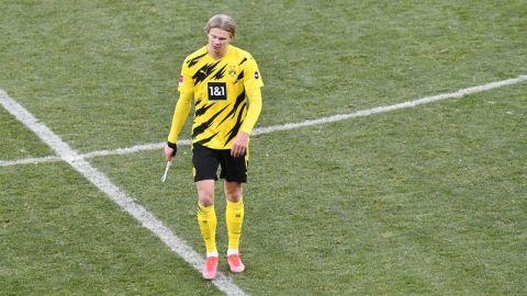 Continúa mal desempeño del Dortmund, ahora con empate