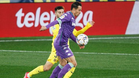 Betis se impone al Villarreal con Andrés Guardado como capitán