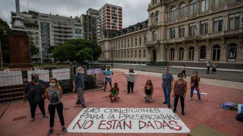 Argentina alista retorno a clases presenciales