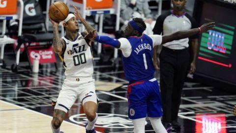 Jazz aplastan a Clippers e hilan 9no triunfo