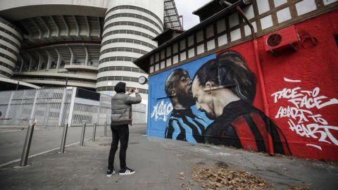 Ibrahimovic y Lukaku vuelven a verse en el derbi milanés