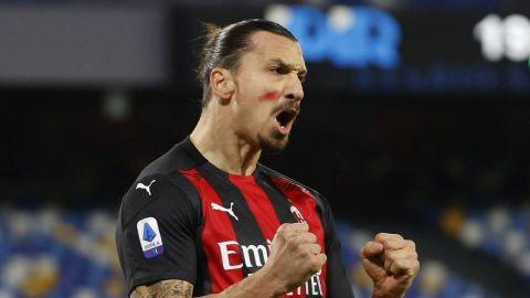 Berlusconi le dice a Ibrahimovic que pase el resto de su carrera en el AC Milan