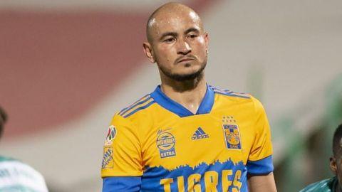 Carlos González es baja de Tigres para enfrentar a Xolos