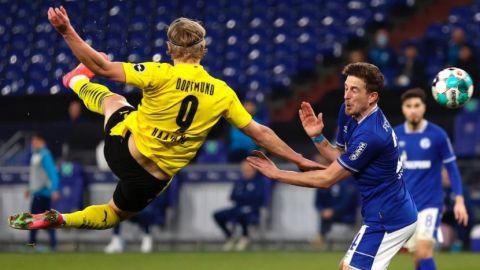 Doblete de Haaland en goleada del Dortmund