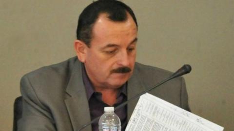 Inhabilita sindicatura municipal a funcionario