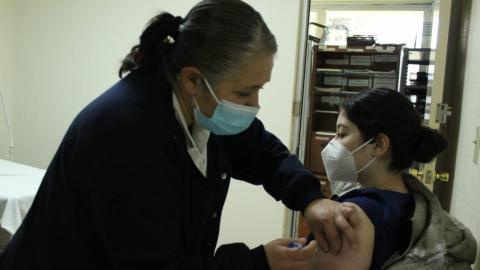 Concluye jornada de vacunación a personal médico