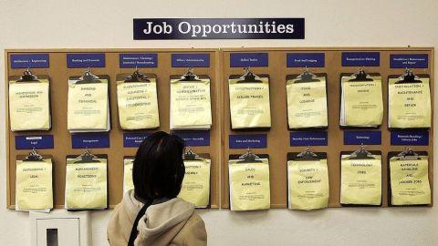 Muchos se quedaron sin empleo, mientras los ricos se hicieron más ricos
