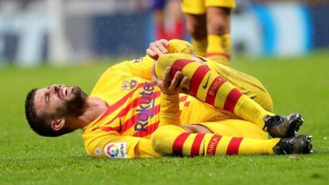 El Barcelona confirma la lesión de rodilla de Piqué
