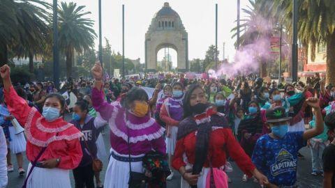 ¿A qué hora y en dónde inicia la marcha de mujeres #8M en CdMx?