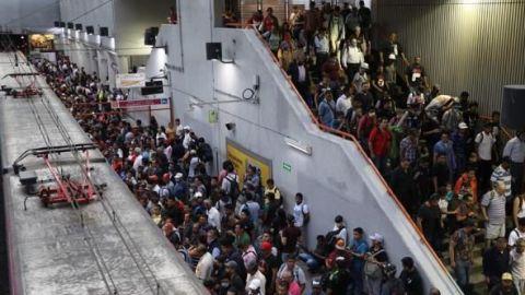 México suma 194,944 muertes por COVID-19