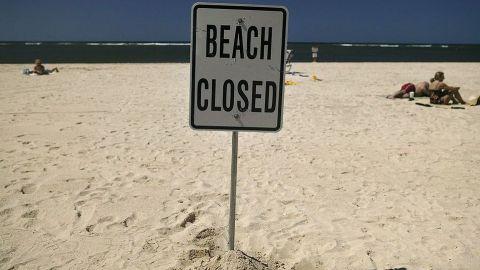 "Derrame de aguas residuales en Newport Beach ocurrió ""por error humano"""