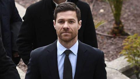 Xabi Alonso renueva contrato como DT de la Real Sociedad B