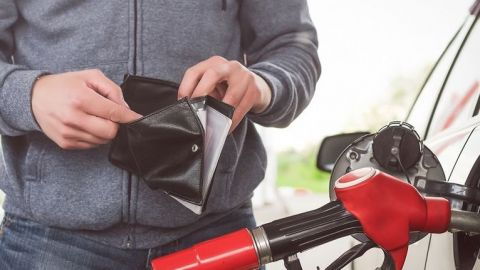 Gasolina alcanza máximo histórico; Premium se vende hasta en $25.50 por litro
