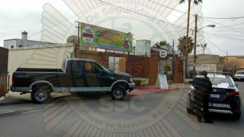 Niño de 13 años atropella a señora con Pick Up en Rosarito