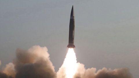 Gobierno de Biden buscará modernizar el arsenal nuclear de EU