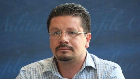 Por denuncias de violación y violencia exigen cancelar candidatura de Lorenzini