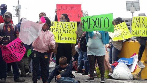 Cierre parcial en garita de San Ysidro por manifestación de migrantes