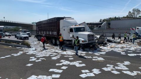 Choque múltiple en la carretera México-Querétaro deja un muerto