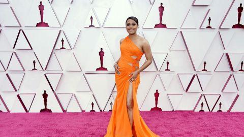 Los mejores 'looks' de la alfombra roja de Los Oscar 2021