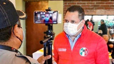 ''Monserrat anda muy nerviosa'': Carlos Jiménez
