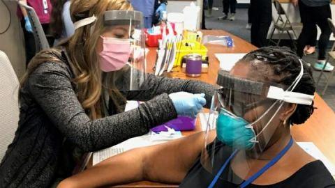 Puedes vacunarte sin cita previa en San Diego