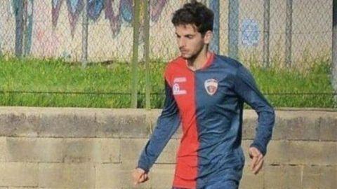 Encuentran muerto a futbolista tras discutir con una prostituta