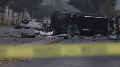 Tres lesionados y una mujer sin vida, en choque y volcadura