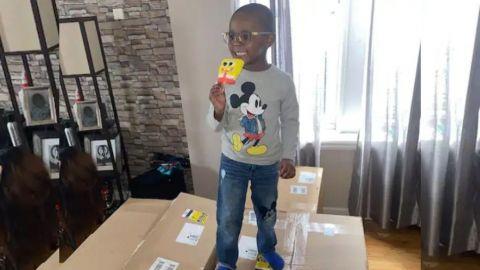 Niño de 4 años compró 2 mil dólares de paletas de hielo de Bob Esponja